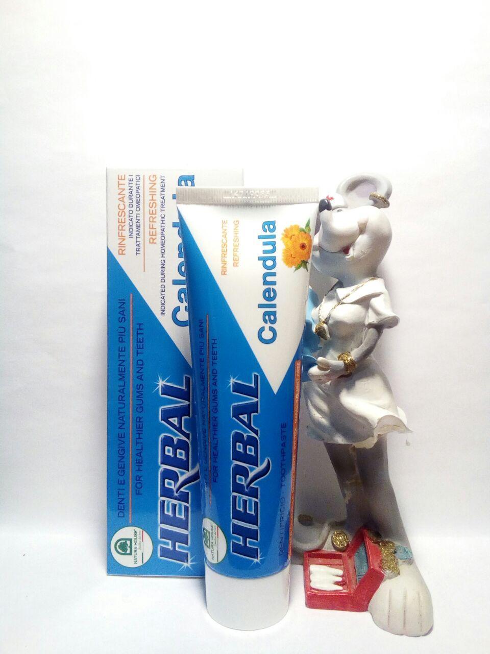 Покупаете натуральную итальянскую зубную пасту с календулой без мяты для защиты от кариеса и чуствительных десен